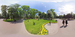 360 video Statue in the park VR 360° Video