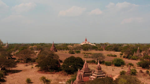Bagan temples in Myanmar smooth distancing zoom time lapse Footage