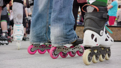 Many Legs in Roller-Blades Footage