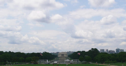 Lincoln memorial time lapse with rolling cloud in Washington DC Archivo