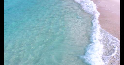 4K スロー映像 綺麗なビーチ ライブ動画