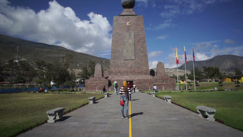 Mitad del Mundo Monument Handheld Tilt Up Footage