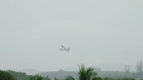 Jetstar Airbus 320 take-off Live Action
