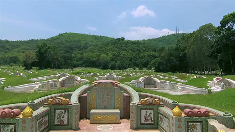 Chinese cemetery in Ching Ming festival Archivo
