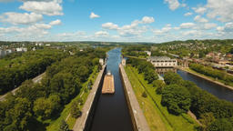 Gateway on the river. Sluice Gates Filmmaterial