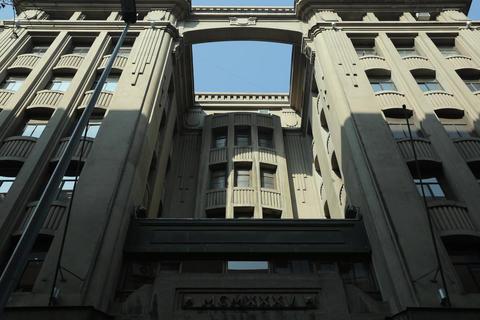 Building entrance Footage