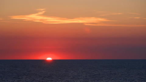 Sunset on the calm sea Filmmaterial