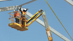 Construction crane mounting structure Live Action