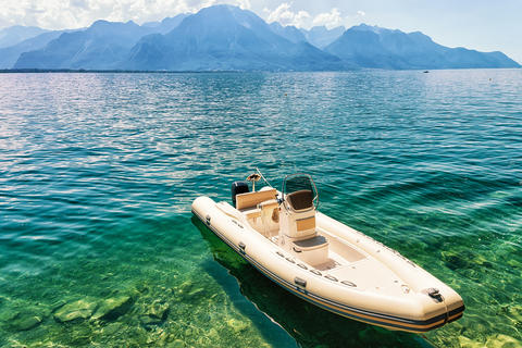 Boat on Geneva Lake in Montreux Swiss Riviera フォト