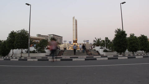 Union square monument in dusk, square view, people pass,... Stock Video Footage