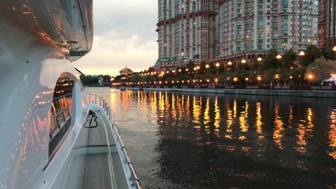 Evening walk on a yacht 画像