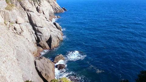 Steep Cliffs of the Ligurian Sea in Portofino Filmmaterial