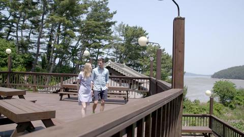walking on the terrace 画像