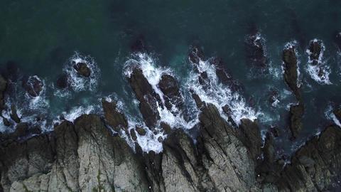 Scattering waves against rocks 06 ビデオ