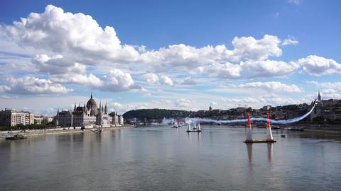 Air race on the Danube River ビデオ