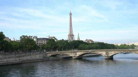 The Seine river in Paris Filmmaterial
