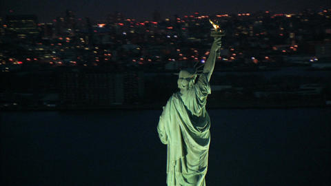 Circling behind the statue of liberty Footage