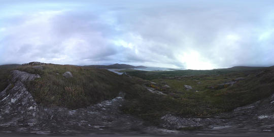 360 VR – View of atlantic ocean beach from hills in Ireland VR 360° Video