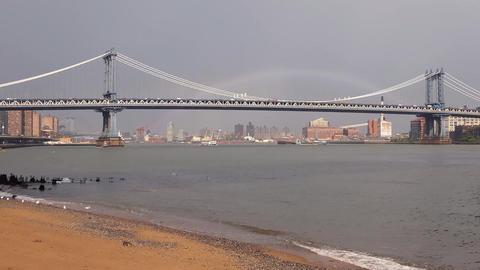 New York Manhattan Bridge Traffic & Rainbow Live Action