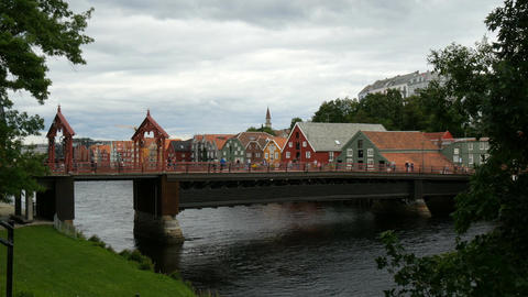 old historic town bridge in trondheim Filmmaterial