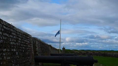 Fort George, Inverness, United Kingdom - 20 august 2017: Scottish flag waves in Live Action