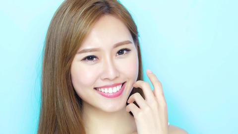 beauty woman smile happily Live影片