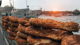 Turkish Simit - Istanbul Karakoy Sunset Bosphorus Filmmaterial