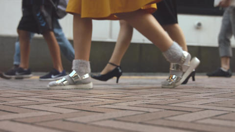 People walking on the sidewalk (Slow Motion Video) Shibuya in Summer Archivo