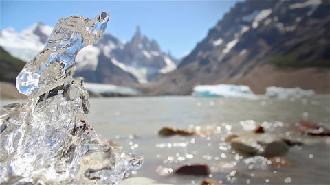 Melting Ice On Cerro Torre Lake Archivo