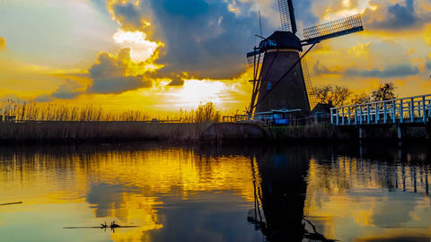 Time lapse of windmill and reflection in Kinderdijk, Netherland Footage