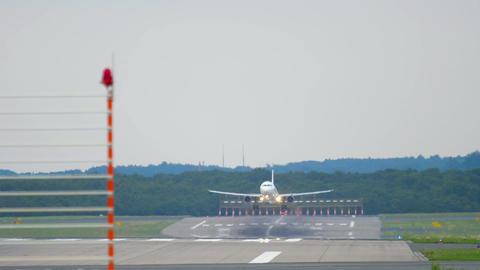 Airbus 321 Germania landing Live Action