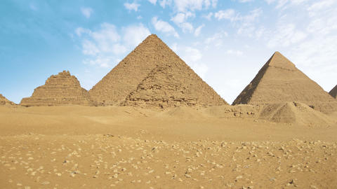 Pyramids of Egypt time lapse Live Action