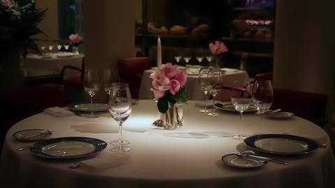 Romantic Table ビデオ