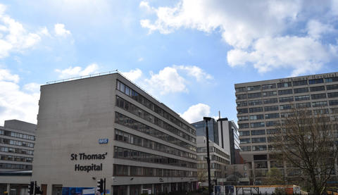 St. Thomas hospital in London, UK フォト