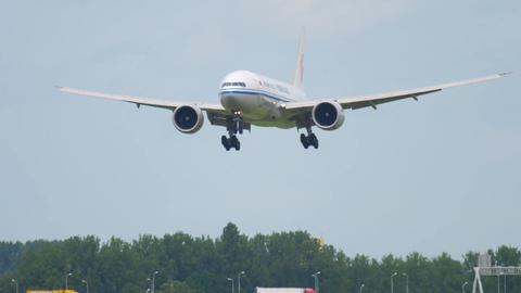 Air China Cargo Boeing 777 landing Footage