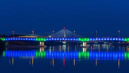 Warsaw Śląsko-Dąbrowski Bridge and National Stadium Night Timelapse Warszawa ビデオ