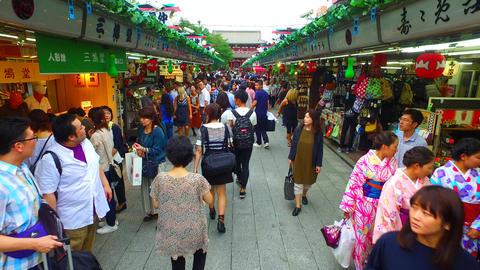 Nakamise street Asakusa Tokyo Japan ライブ動画