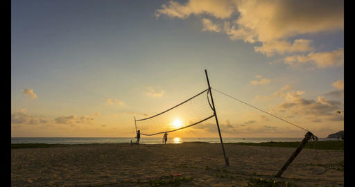 4K Time - Lapse Volleyball net on the beach with beautiful sunset in sport ビデオ