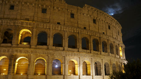 Colosseum at night, rome, italy, timelapse, 4k Footage
