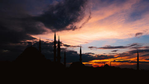 Timelapse view of Istanbul cityscape with famous Suleymaniye mosque at sunset Footage