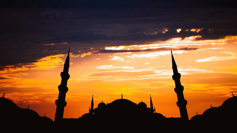 Timelapse of famous Sultanahmet or Blue Mosque in Istanbul cityscape at sunset Footage