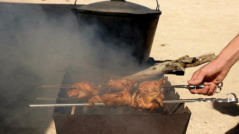 a chicken grill Filmmaterial