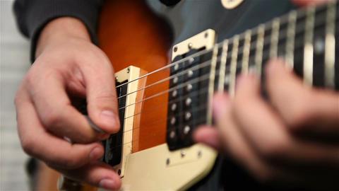 Guitarist Plays Rock Music Filmmaterial