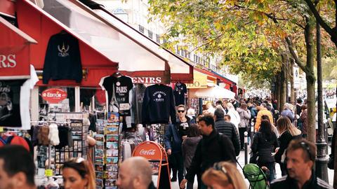 PARIS, FRANCE - OCTOBER 7, 2017. Walk along souvenir stalls in a tourist place Footage