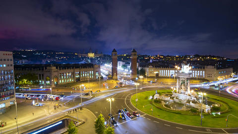Timelapse of Plaça d'Espanya at night in Barcelona Filmmaterial