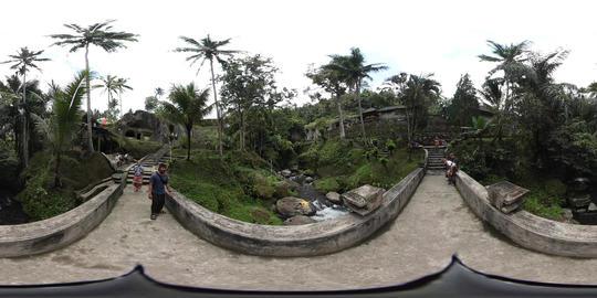 360VR video Bridge over river at Gunung Kawi Temple in Ubud, Bali Footage