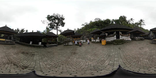 360VR video inside wall of Gunung Kawi Temple in Ubud, Bali Live Action