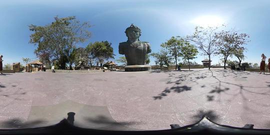 360VR video of Big Wisnu Statue at Garuda Wisnu Kencana, Bali Footage