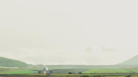 Airbus 320 braking after landing Footage