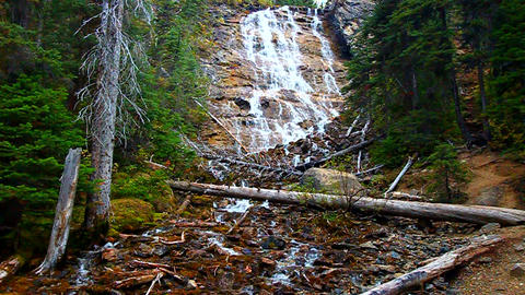 Point Lace Falls Canada Live Action
